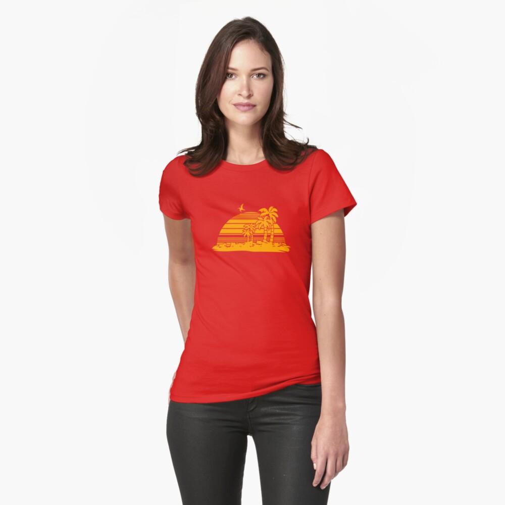Sonnenuntergang am Strand Tailliertes T-Shirt