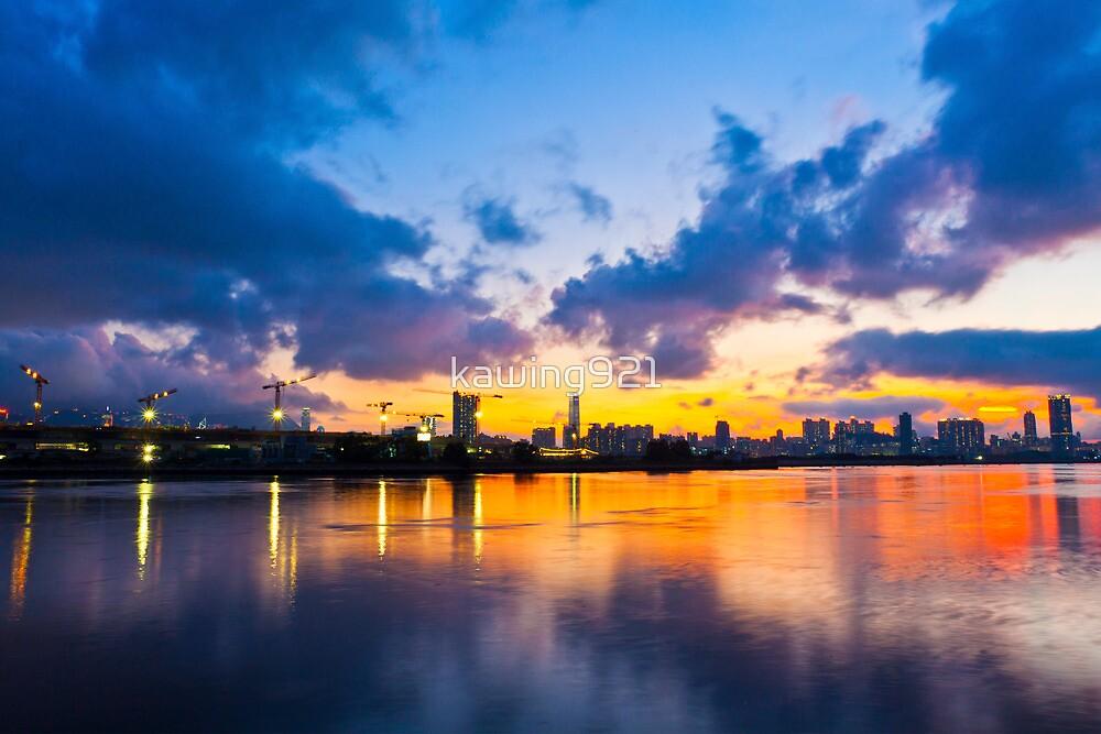 Hong Kong skyline at sunset by kawing921