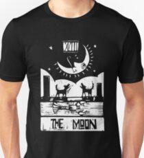 The Moon  - Tarot Cards - Major Arcana T-Shirt