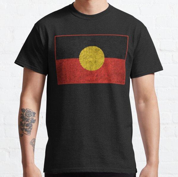 Bandera aborigen angustiada Camiseta clásica