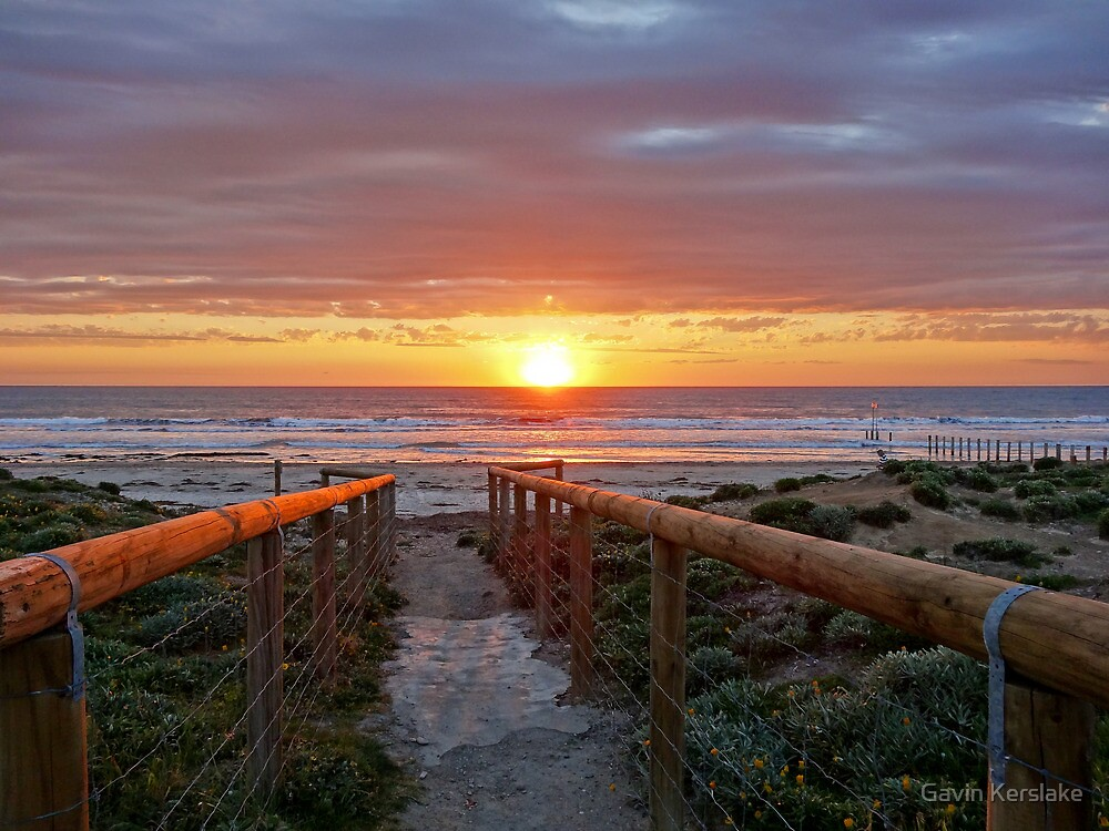 Aldinga Silver Sands Beach (Sunset) by Gavin Kerslake