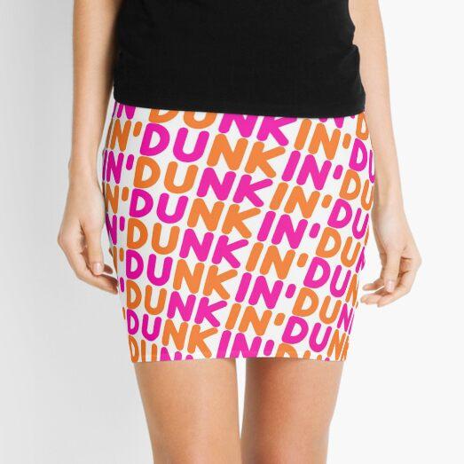 y mi Dunkin 'Donuts Iced Coffee y diseño de donas. Se puede encontrar en mi colección inspirada Dunkin 'Donuts. <3 <3 <3 Minifalda