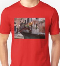 Venice, Italy - the Cheerful Christmassy Restaurant Entrance Bridge T-Shirt