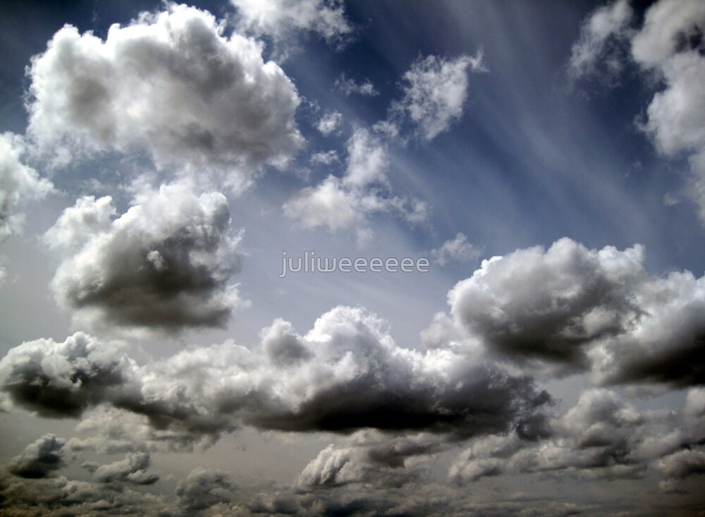 Clouds by juliweeeeee