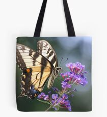 LOFTY VISITOR Tote Bag