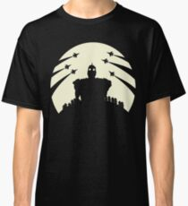 The Giant and the moon. Classic T-Shirt