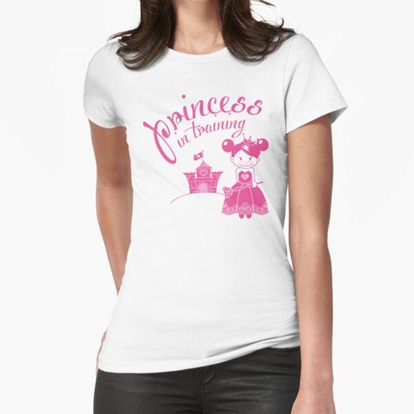 Prinzessin im Training Tailliertes T-Shirt