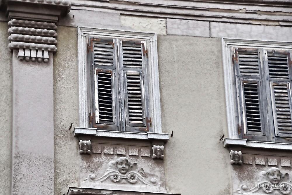 Decorative Windows in Pula, Croatia by lynn carter