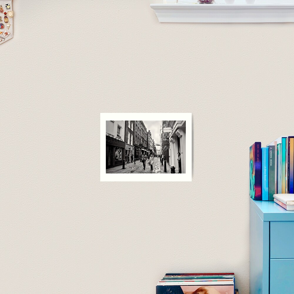 An afternoon shopping in London - Britain Art Print