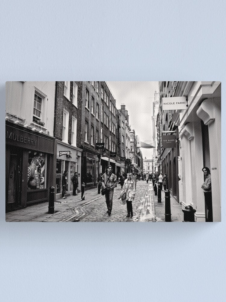 Alternate view of An afternoon shopping in London - Britain Canvas Print
