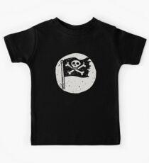 Kid Pirate skull on da moon Kids Tee