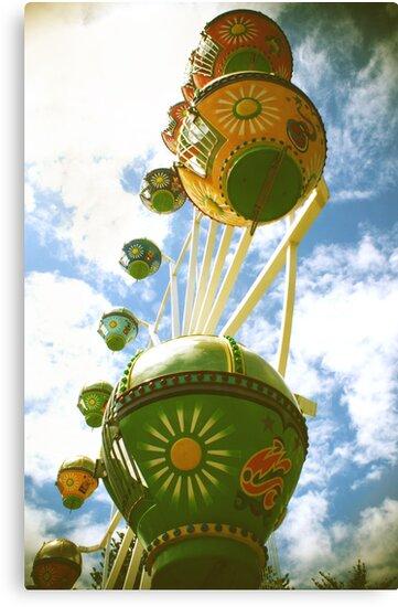 Ferris wheel LOMO style by Denny0976