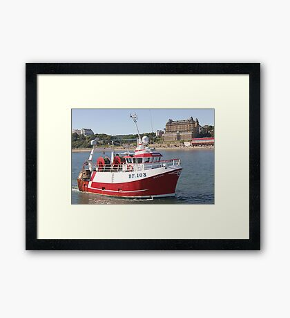 Coming Home ! Framed Print