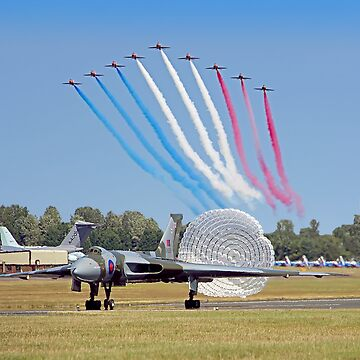 The Red Arrows Salute The Vulcan by Arrowman