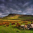 Benbulben Mountain by jigsf