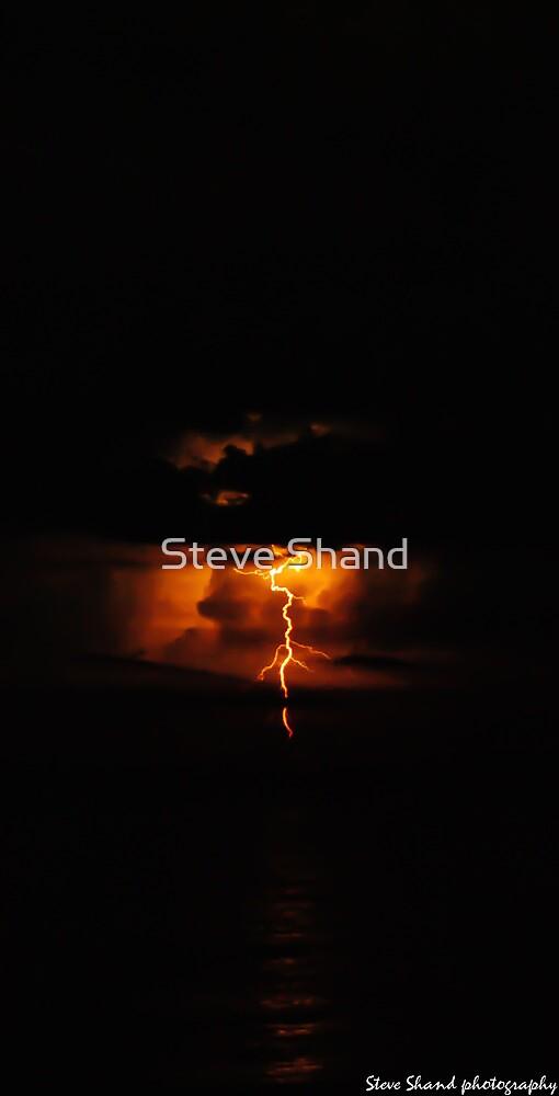 more lightning by Steve Shand