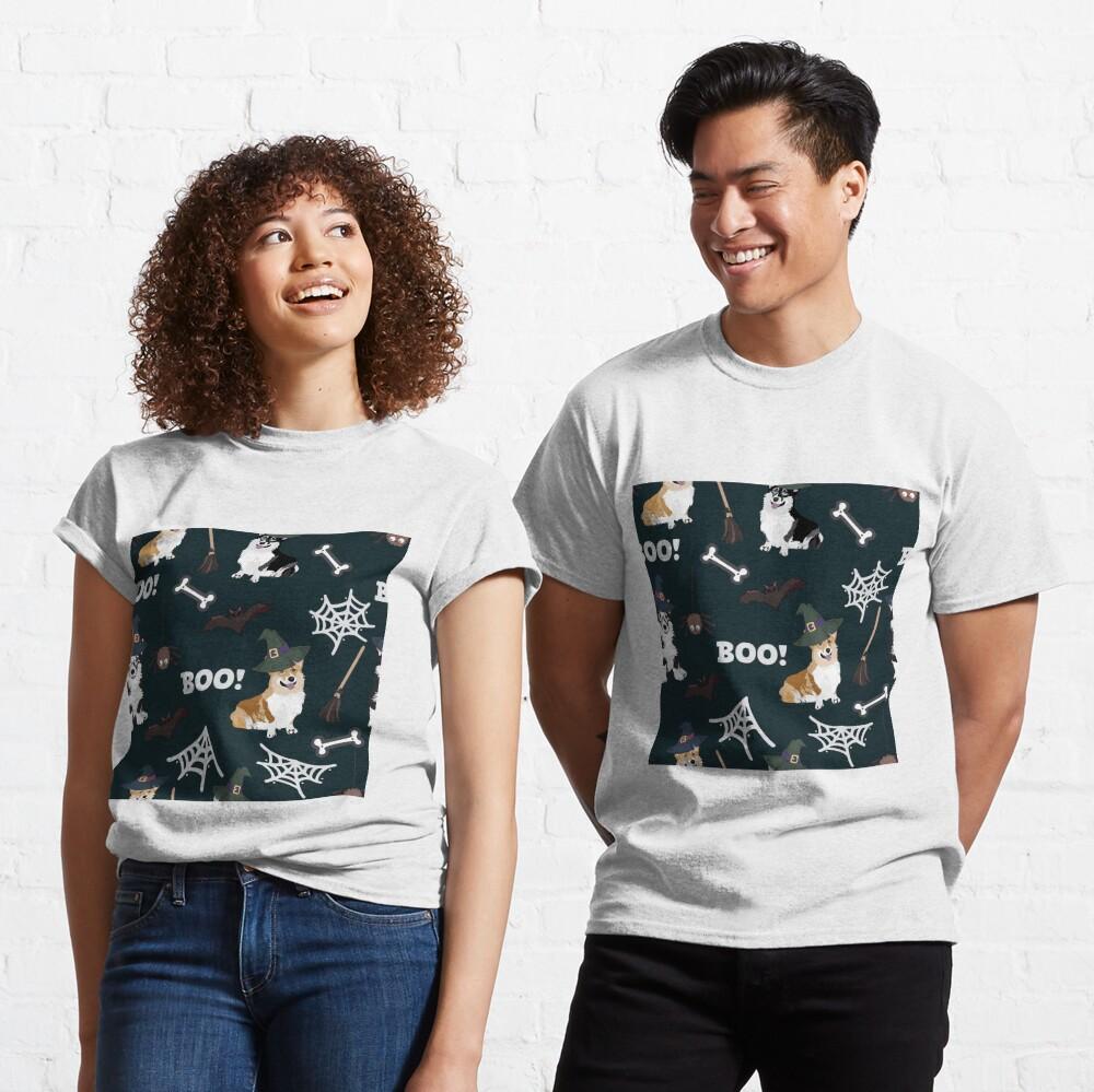 Corgis Celebrate Halloween - BOOOOO Classic T-Shirt