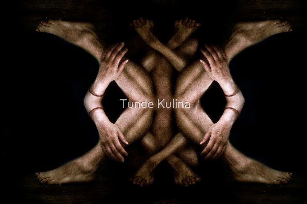 Gondolkodo by Tunde Kulina