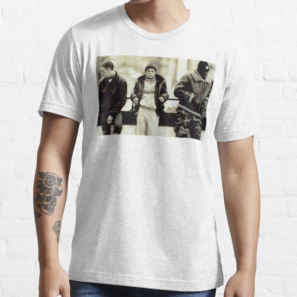 Protagonistes de La Haine debout T-shirt essentiel