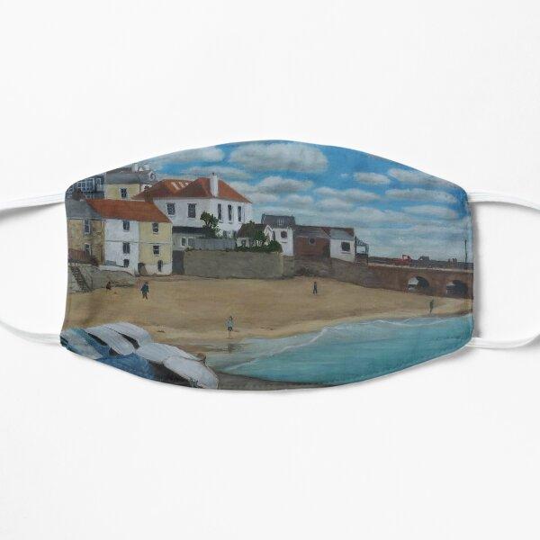 Upturned boats Flat Mask