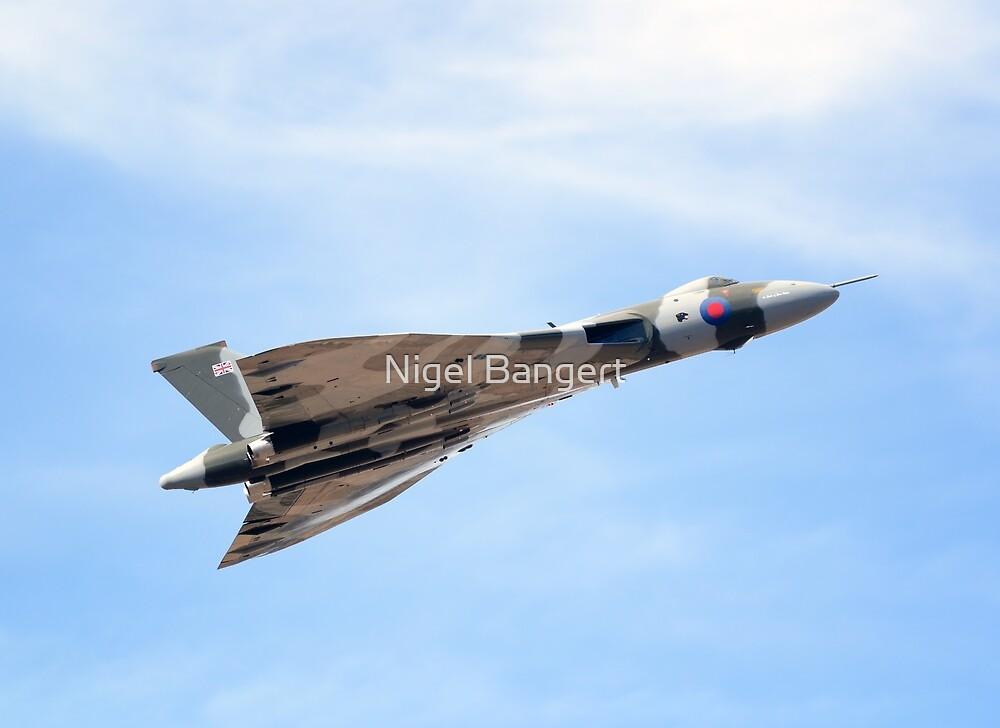 Avro Vulcan B2 by Nigel Bangert
