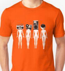 four chicks retro remix Slim Fit T-Shirt