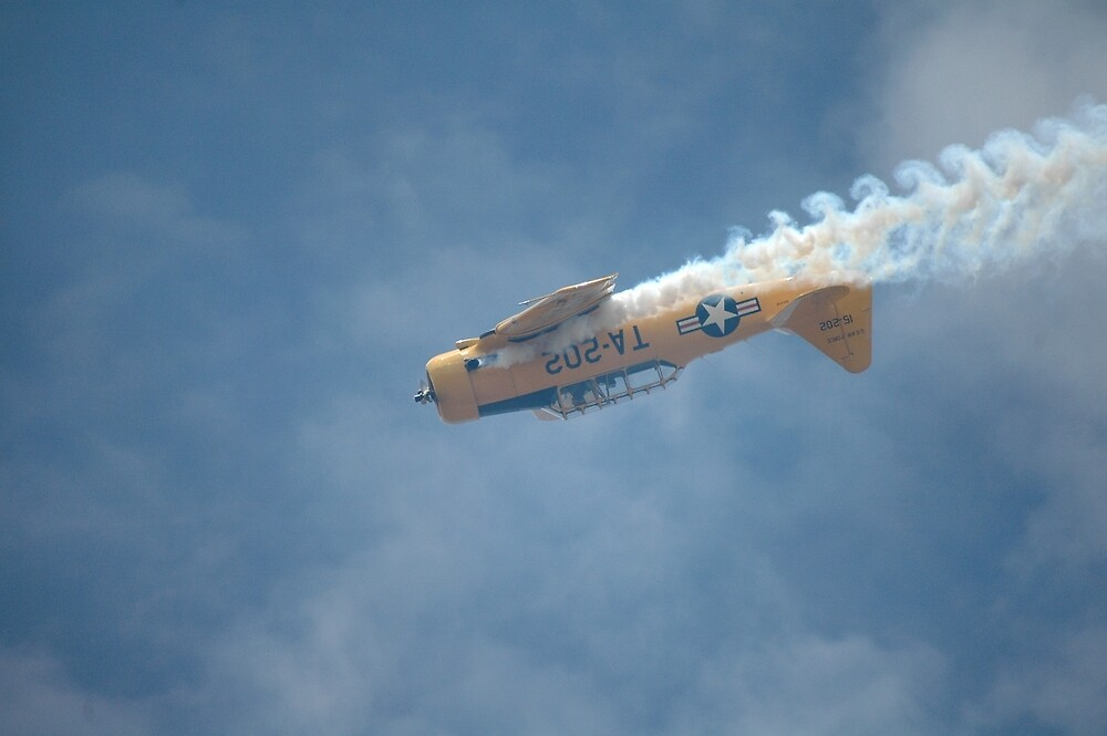 Harvard Inverted - And Smoking, Barossa Airshow, Australia 2011 by muz2142