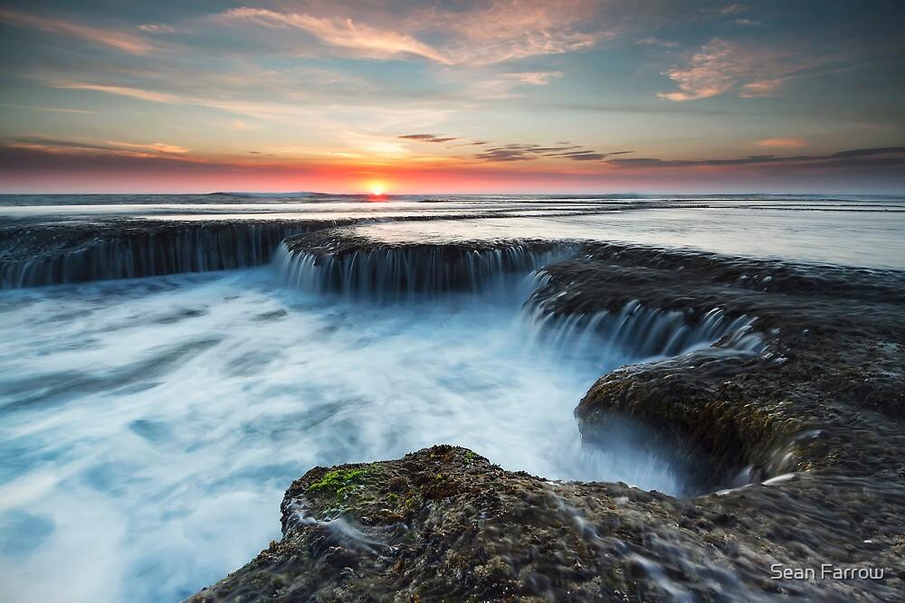 At the Lip of The Cauldron - Blairgowrie, Victoria, Australia by Sean Farrow