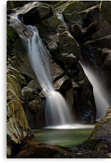 Honey Hollow - Big Falls by Stephen Beattie