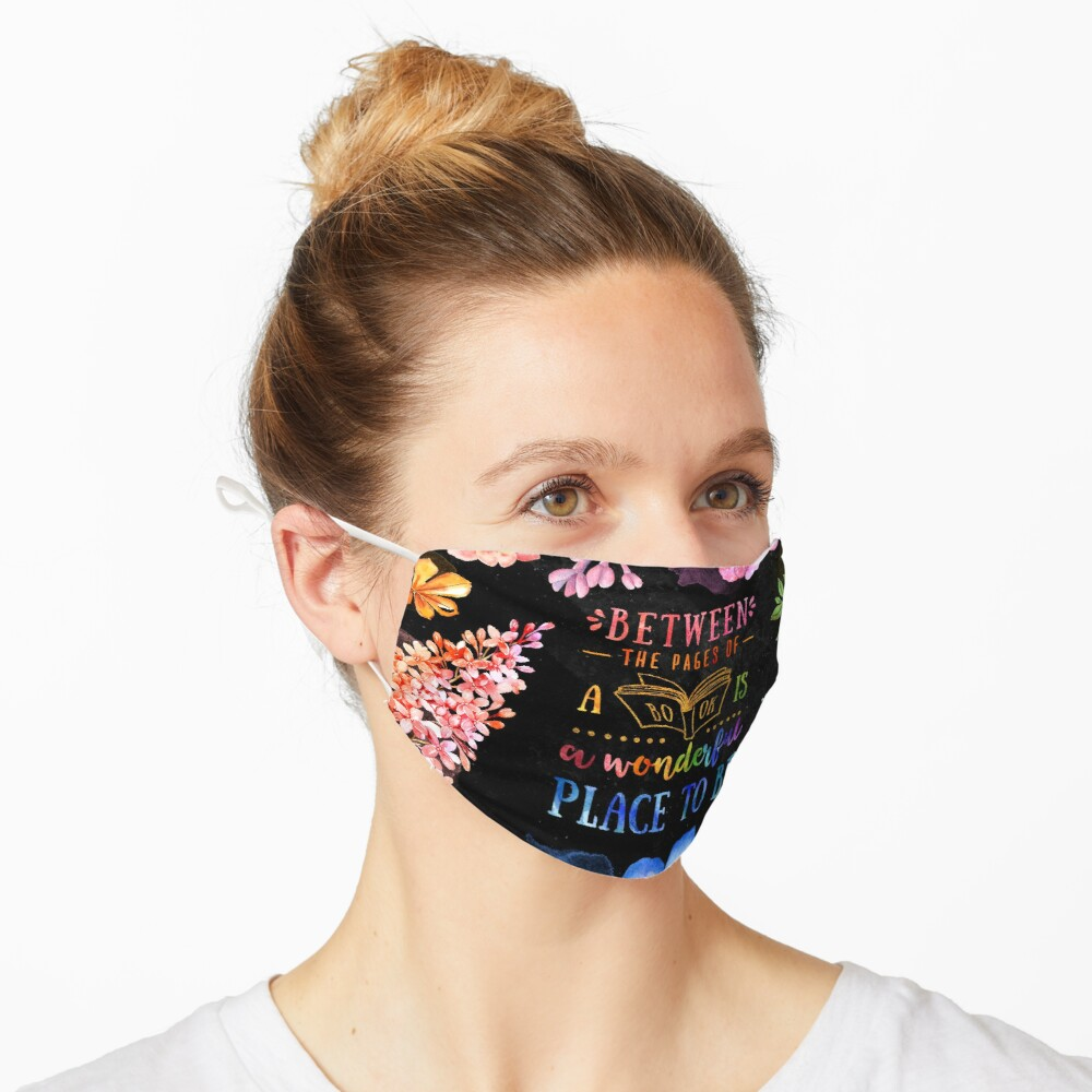 Between the pages (black) Mask