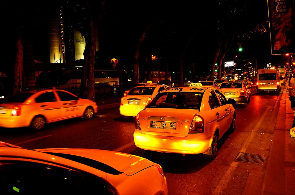 Taxi in Istanbul by ivanlaw