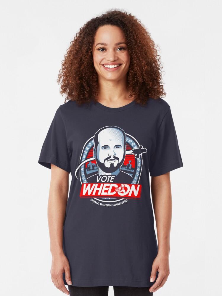Vista alternativa de Camiseta ajustada Vote Whedon
