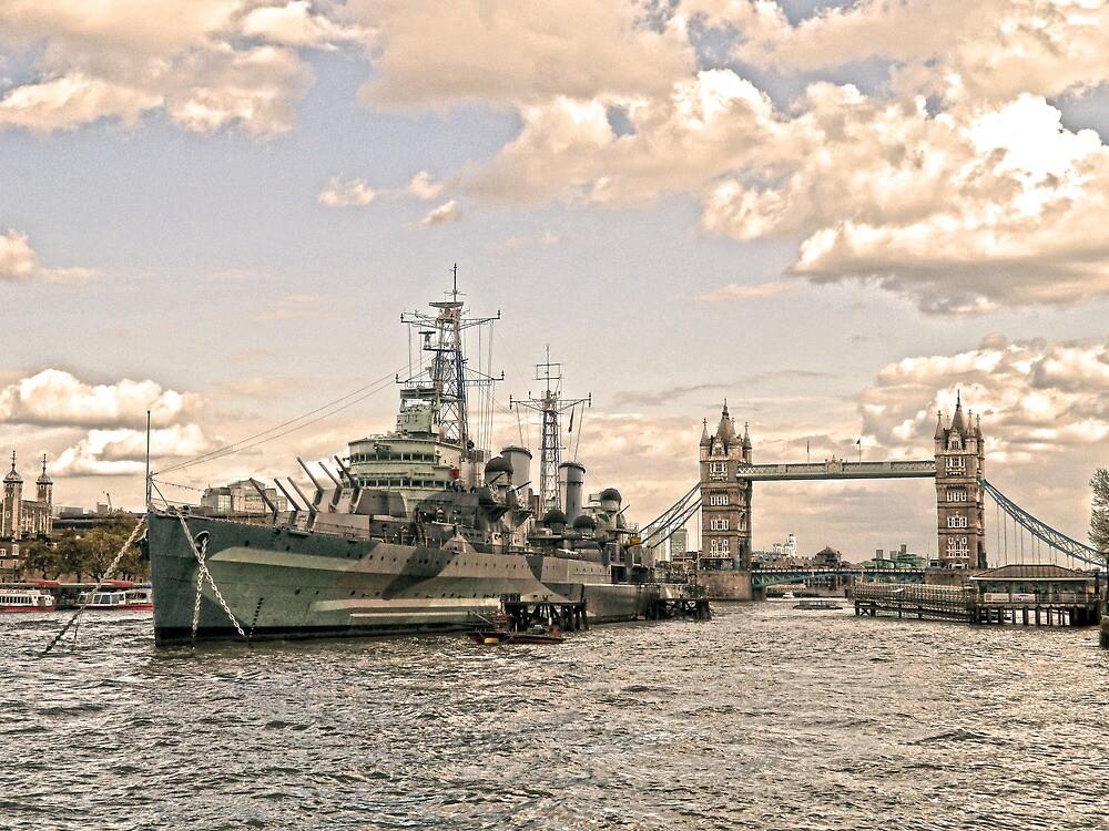 HMS Belfast - London by DavidWHughes