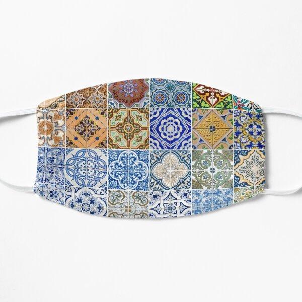 Ensemble de 48 motifs de carreaux de céramique Masque sans plis