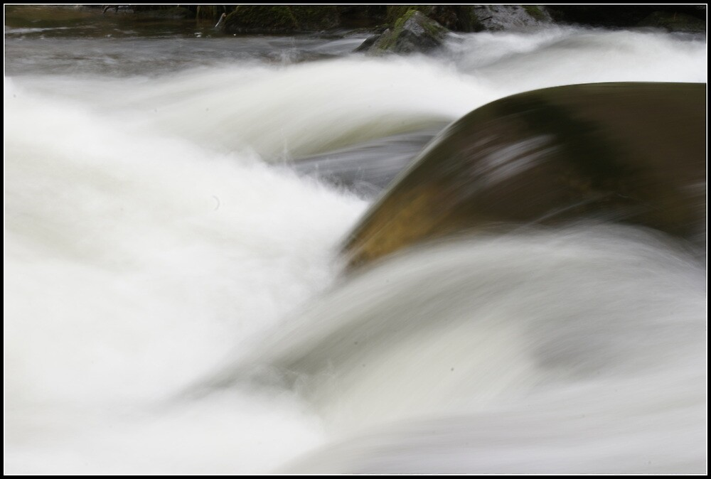 Fast Flowing by smurfington
