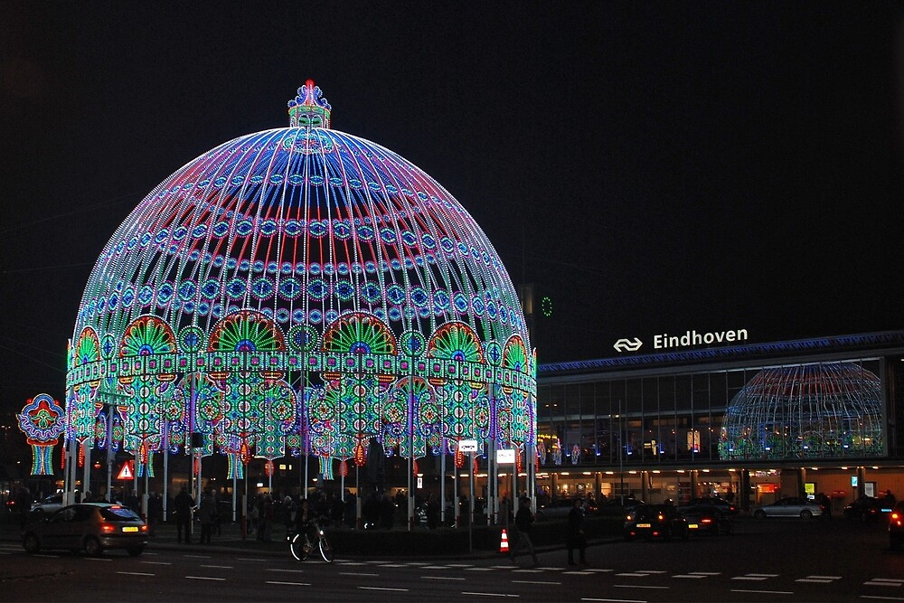 Glow festival - Eindhoven - the Netherlands by Arie Koene