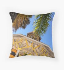 Quiosco Throw Pillow