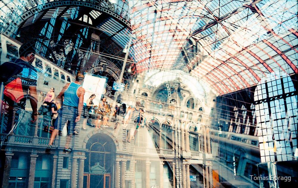 Double-take: Antwerpen Centraal by Tomas Spragg