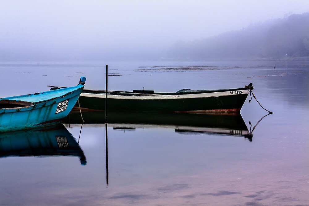 Pacheco blue boat by Edgar Laureano