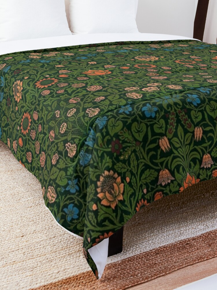 Alternate view of Violet and Columbine by William Morris, 1883 Comforter