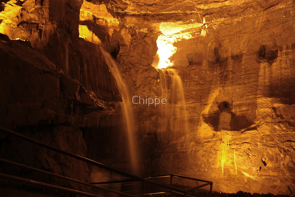 Cathedral Cave, National Showcaves, Brecon by Chippe