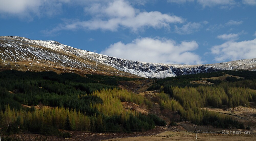 Glen Orchy by Richard Ion