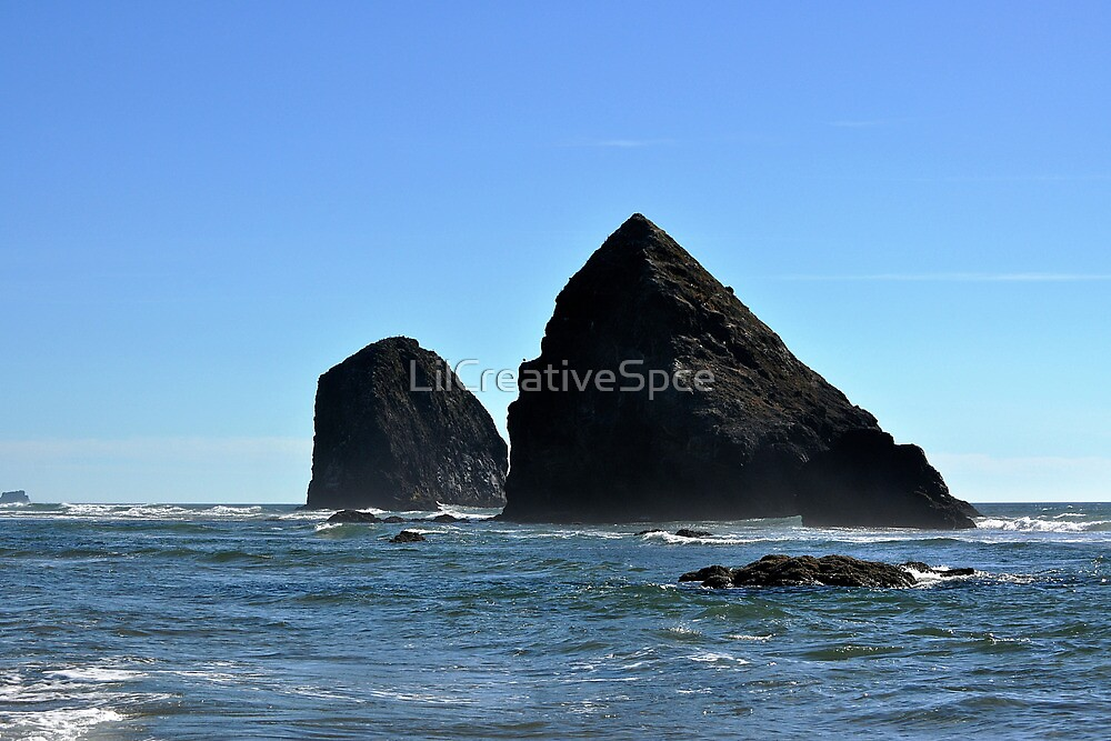 Twin Rocks by LilCreativeSpce
