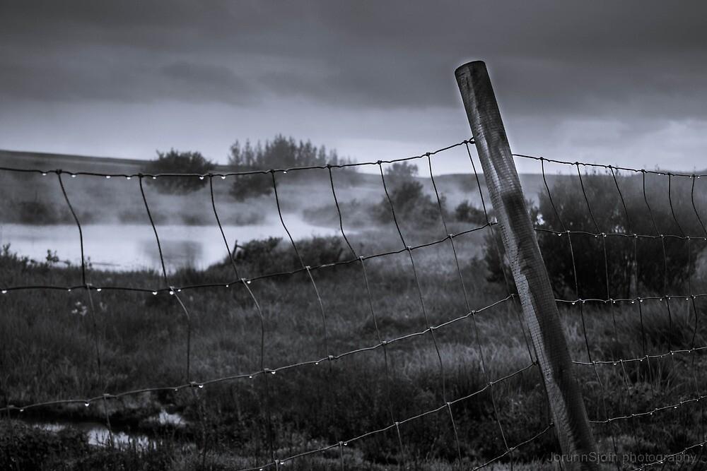 foggy fence by JorunnSjofn Gudlaugsdottir