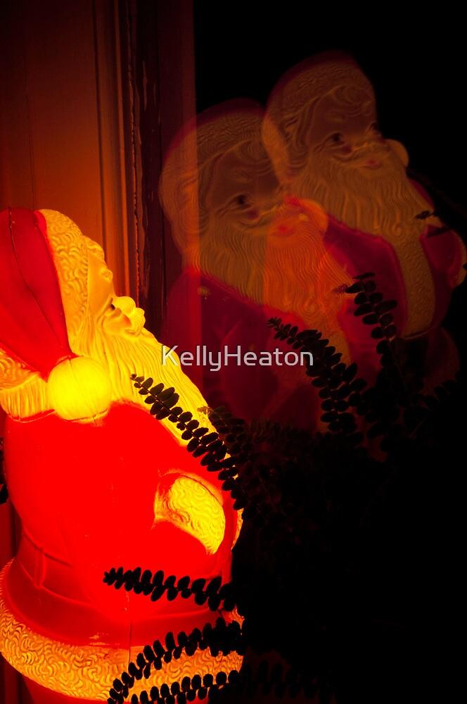 Santa Reflection by KellyHeaton