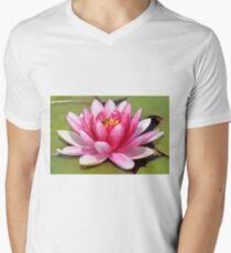 Captive. T-Shirt