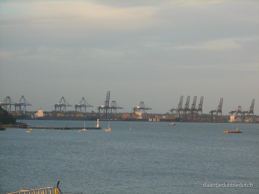 Harbour by daantjedubbledutch