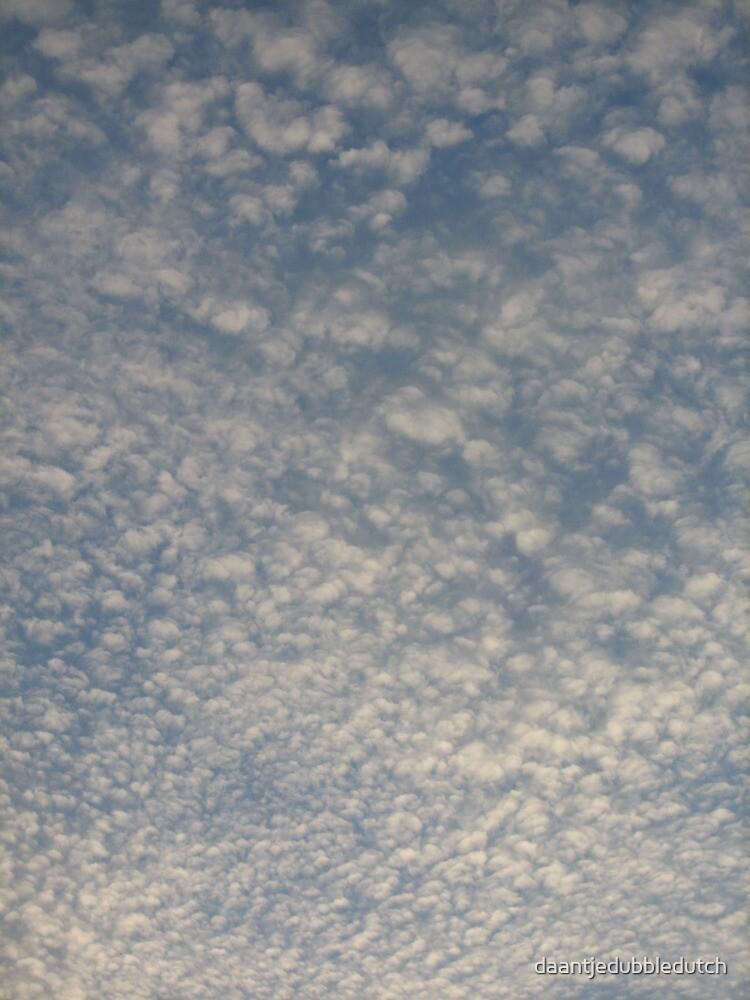 Cloudy sky by daantjedubbledutch