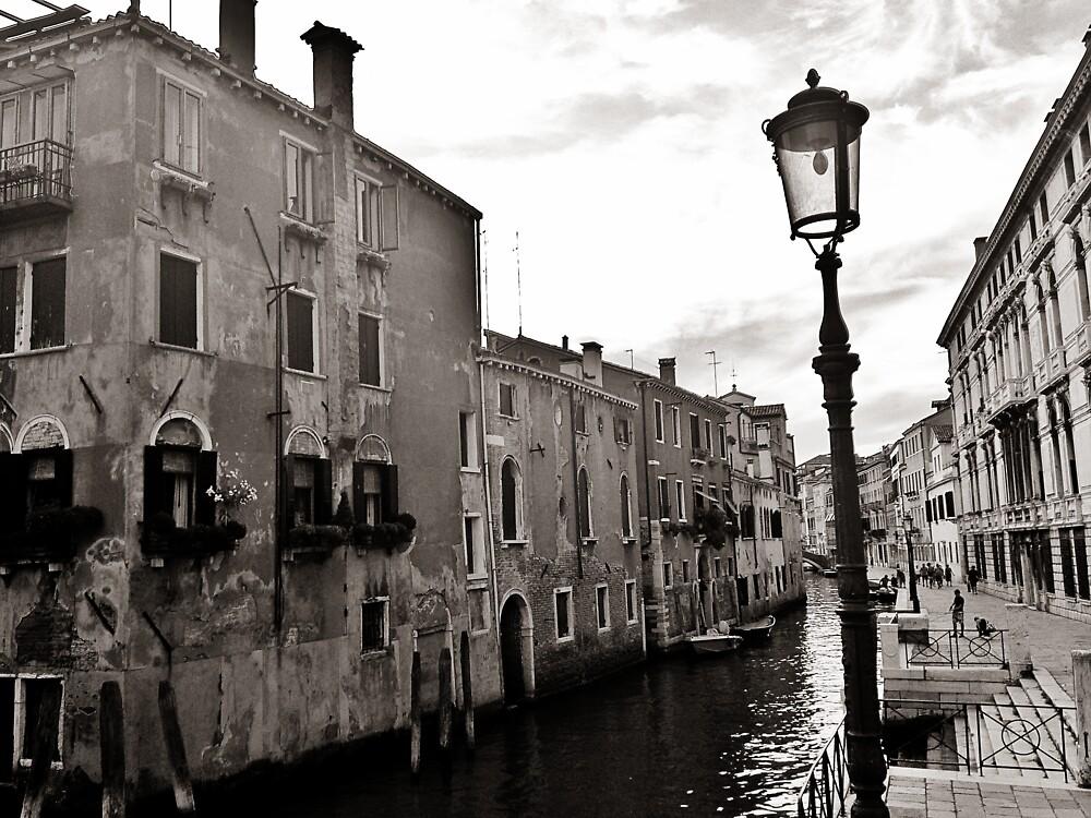 Venezia by nitatyndall