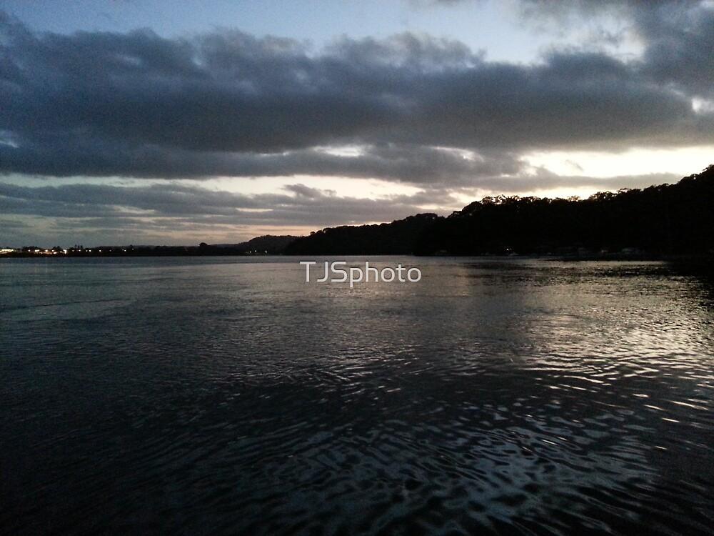 Woy Woy Late Sunset by TJSphoto